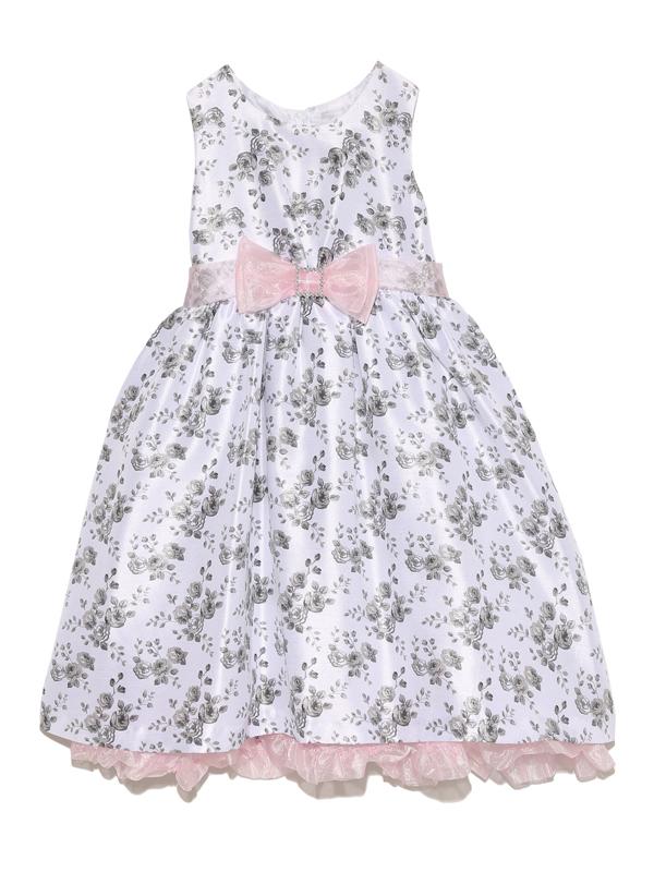 シックな花柄ですがウエストのピンクリボンとスカートの裾からチラッと見えるピンクのチュールがとてもチャーミングなドレスです。     パニエを入れて撮影しております。