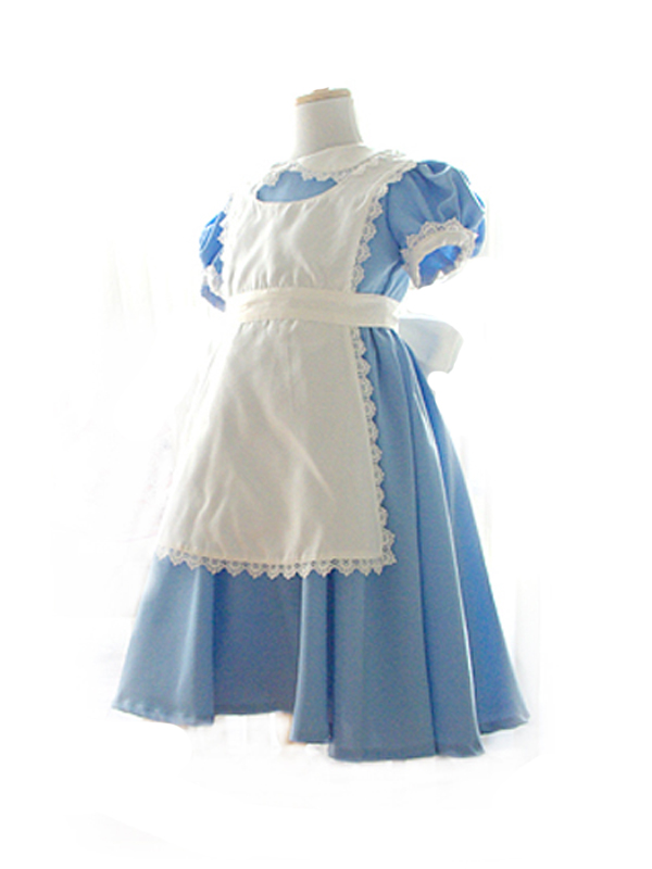 パニエをお召しいただくとふんわりと可愛く着こなしていただけます。アリスのドレスで楽しい一日を過ごしてみませんか?