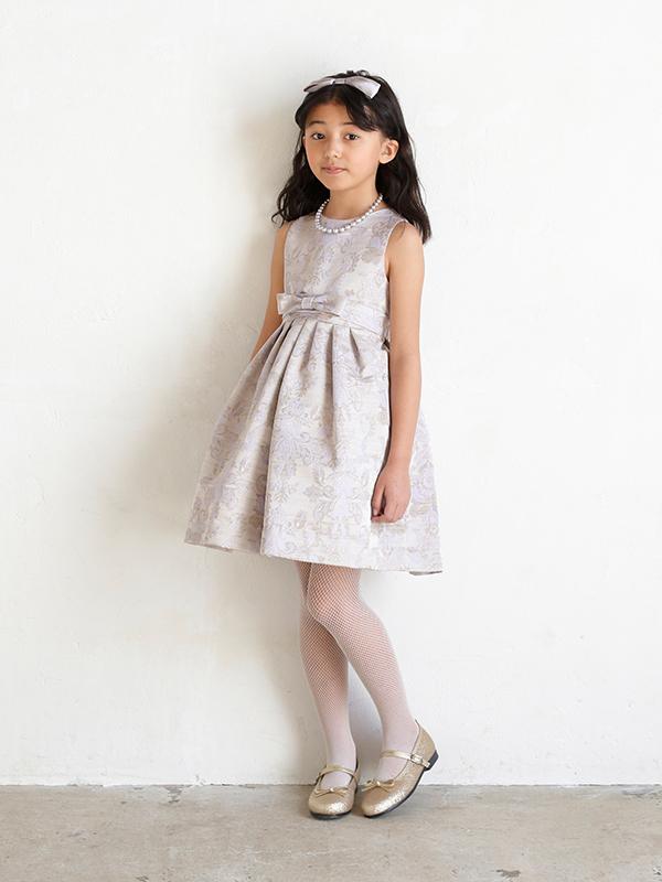 上質な生地・縫製もよいハイブランドインポート商品です。ハワイ・ニーマンマーカス取り扱いブランド子供ドレスです。(写真は、同デザイン110CM)