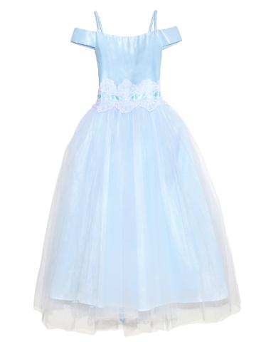 肩を綺麗に見せるオフショルダーデザインとチュールスカートが優しい印象のドレスです。