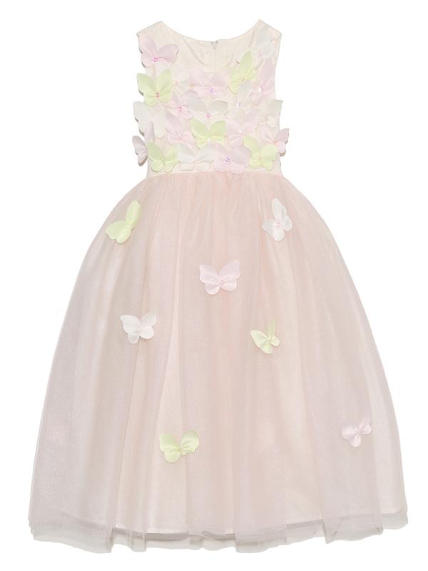 胸元、スカートに散りばめられた蝶々がまるで羽ばたいてるかのように軽やかなドレスです。                                     淡い虹色のチュールスカートが可愛らしさを引き立たせます。