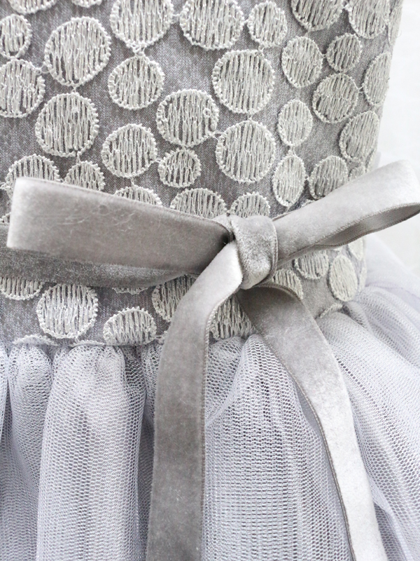 ドレス:フロントベロアリボン
