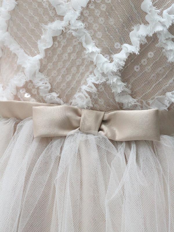 ドレス:ウエスト生地ズーム写真