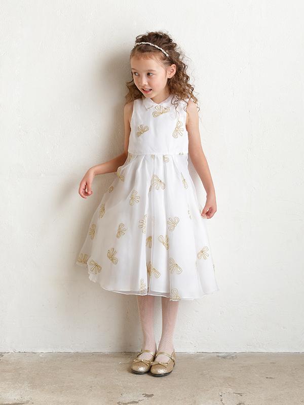 ホワイトチュールにリボン刺繍が施され、襟付きがより清楚さを引き立ててくれる憧れのインポートブランドドレスです。ピアノやバイオリンの発表会・お食事会にもどうぞ。(モデル身長120㎝)