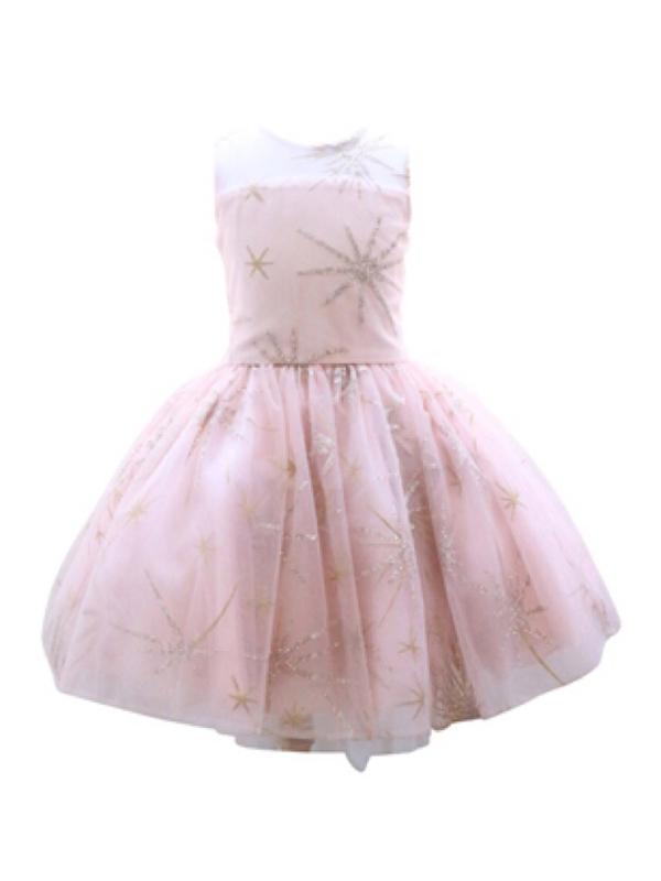 セットのパニエでスカートふんわり可愛さアップ