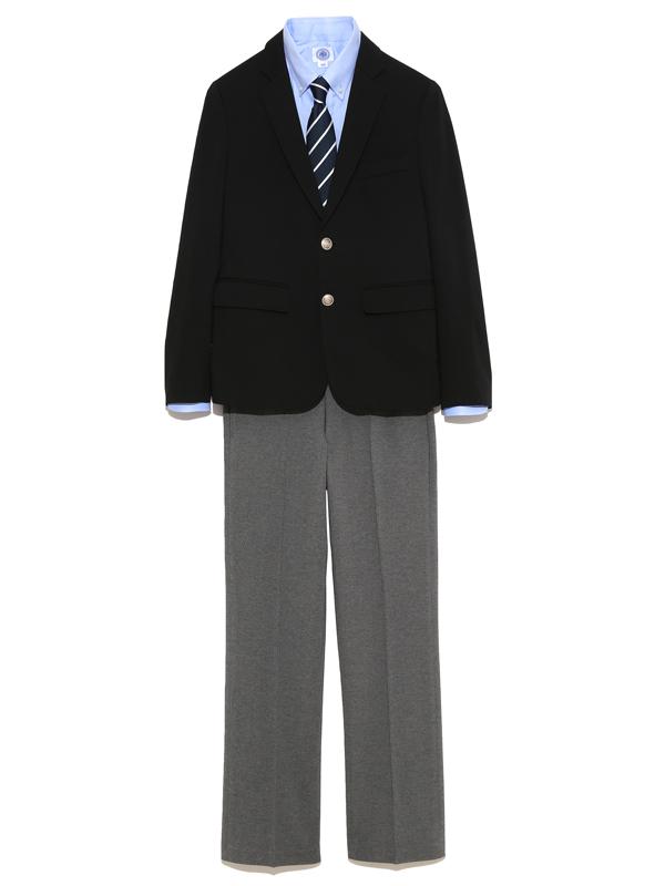 シルエットがとてもきれいな上質なJPRESS男の子フォーマルスーツです。シャツ・ネクタイ・ソックスのセットです。*予告なく似たデザイン変更の場合もございます。