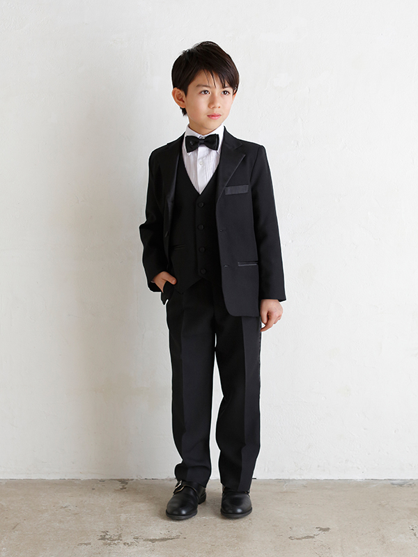 男の子をトータルコーディネイトしたとても便利でお洒落なセットアップ商品です。